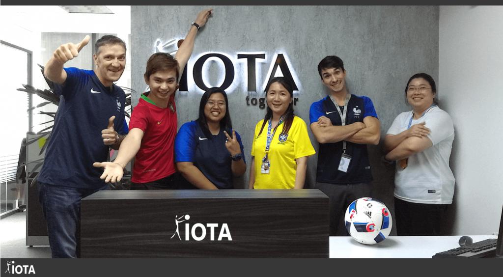 Notre équipe de Malaisie vous souhaite un bon week-end et une excellente finale de Coupe du Monde 🇷🇺🏆⚽!